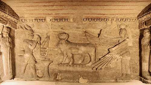 Pharaoh depicted at Kom es-Shogafa honouring an Apis Bull