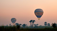 Balloons at dawn (dani.Co) Tags: sunrise balloons dawn desert egypt amanecer desierto egipto danico