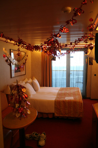 Carnival Spirit - Cabin 7258 Decorated for Anniversary