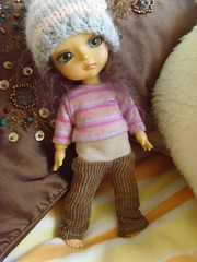 Corduroy trousers / Hat SALES FA (Mitilene - Dolls are good!) Tags: hat yellow cords trousers corduroy fa fee puki lati