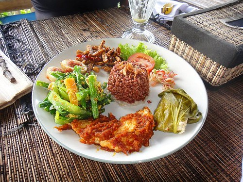 Organic Restaurant in middle of Rice field @ Ubud