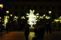 Paris illuminations de Nol Place Vendme 1 (paspog) Tags: paris france illuminations placevendme festivelights