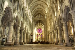 Cathedrale de Laon 2 (cga60) Tags: france church architecture cathedral cathdrale cult former glise picardie ancien laon culte cga60