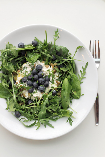 Cottage cheese, Blueberries and Rocket