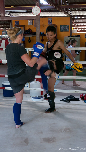 muay thai kickboxing camp training in Thailand