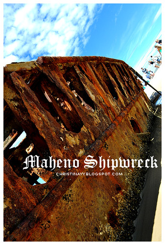 Fraser Island: Maheno Shipwreck on 75-Mile Beach The weather was wonderful, ...