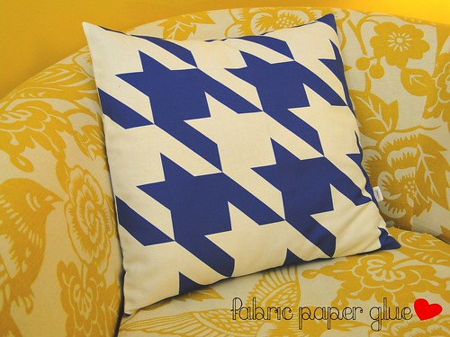 Blue Houndstooth Pillow Cover