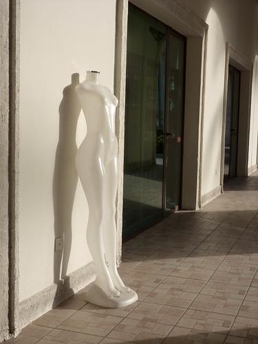 naked albino mannequin