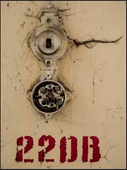 20160929-033 (sulamith.sallmann) Tags: 220 technik zeichen barnim bernau brandenburg deutschland elektrik germany lichtschalter numbers nummer schalter signs symbol zahl zahlen deu sulamithsallmann