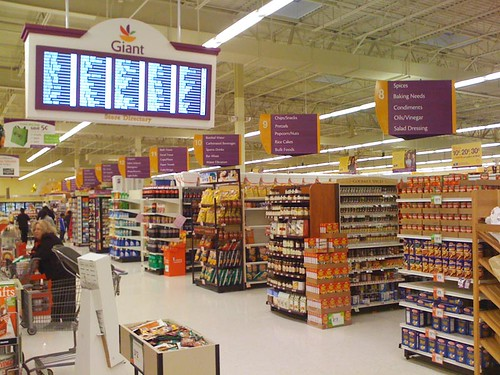 Inside the New Burtonsville Giant
