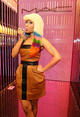 Nicki-Minaj-lipstick-2