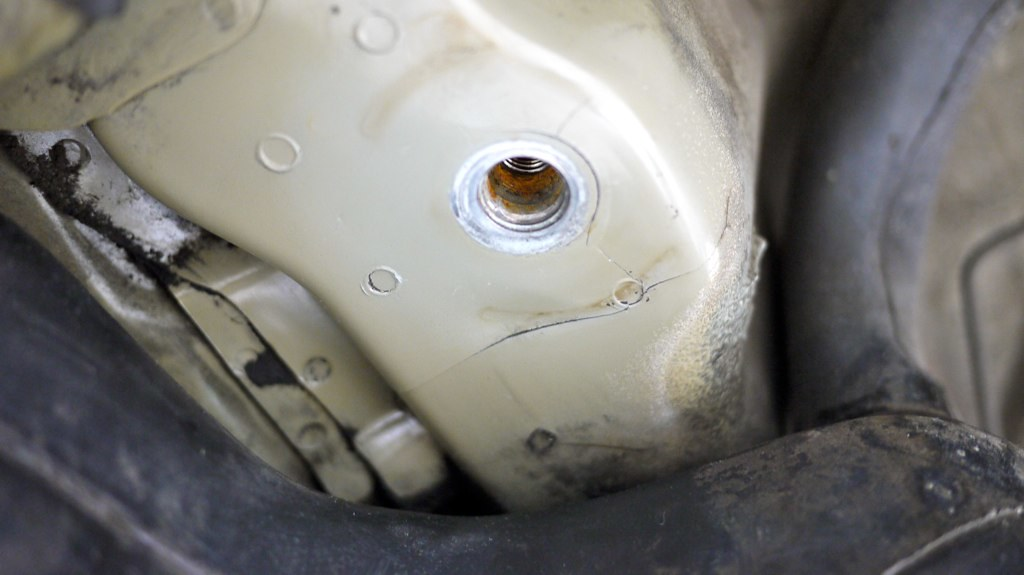 Rs Time Attack M3 Severely Cracked Subframe