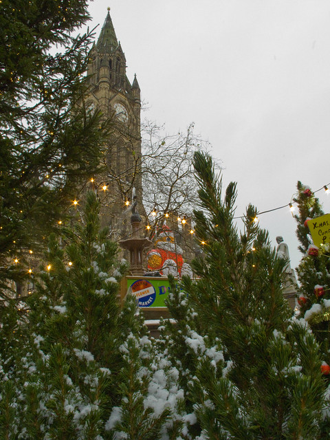 Albert Square gets all Christmassy