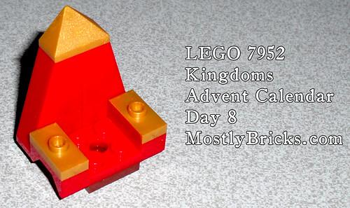 LEGO 7952 Kingdoms Advent Calendar – Day 8