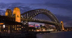 sydney harbour bridge (photography by ROBERT N) Tags: bridge urban night landscape sydney sydneyharbourbridge