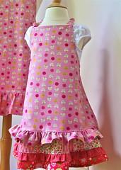 Girl's apron (Earthgirl Fabrics) Tags: girls 2 roses ross handmade heather away apron homemade ii childrens childs far
