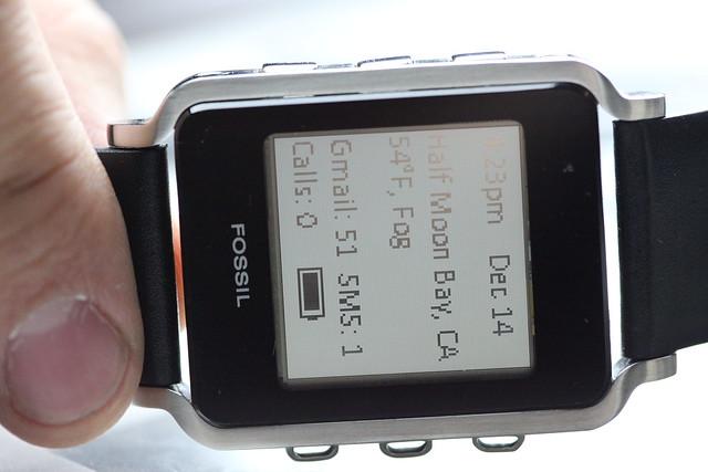 Fossil ρολόγια για επικοινωνία με το Android, BlackBerry κινητό