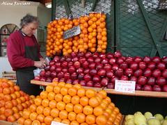Puerto de Frutos (alineruviaro) Tags: argentina frutas turismo tigre loja tenda venda frutos banca fruteira negcios comrcio puertodefrutos alineruviaro
