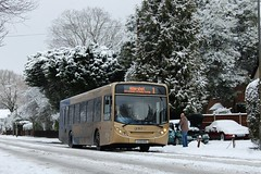 Goldline Route 1 in the snow, Camberley (stavioni) Tags: snow goldline stagecoach route1 camberley aldershot 22741 frimleyroad gx58mve