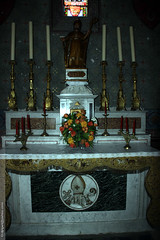l'glise St-Joseph de Boulbon (Dominique Lenoir) Tags: france photo foto altar provence fotografia alter fotografa autel altare southfrance bouchesdurhne boulbon alttari provencealpesctedazur 13150 dominiquelenoir