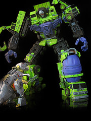Devastator (3) (frenzy_rumble) Tags: transformer hook custom commission fr autobot scavenger mixmaster decepticon scrapper lacquer kitbash devastator longhaul bonecrusher enamels houseofkolors frenzyrumble frenzyrumblecom procustomizers peaugh