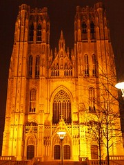 Brussels Cathedrial (Jessica Knowlton Bell) Tags: christmas winter brussels man church statue europe little chocolate eu belgian peeing truffels