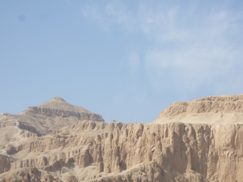 Approaching Valley of Kings