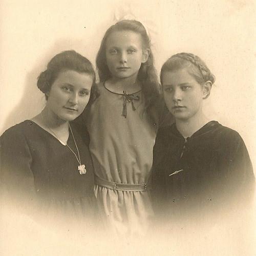 Grete, Anni and Leni