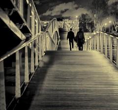 nightphotography bridge blackandwhite bw paris... (Photo: Janey Kay on Flickr)