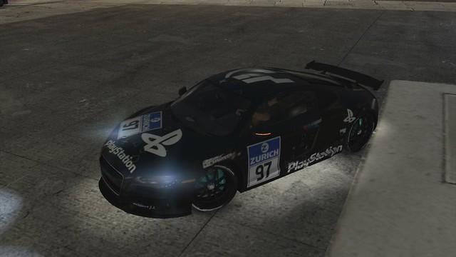 PlayStation R8