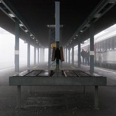Bahnhofsymmetrie XXXIII (Jrg) Tags: station train zug bahnhof sbb symmetry symmetric symmetrical ffs symmetrie cff symmetrisch bahnhofsymmetrie