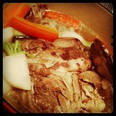 吉田豚スネ肉のブレゼ 食べ切れるかな…