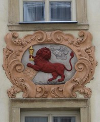House Sign: the Red Lion with a Golden Chalice (Little Chubby Panda) Tags: prague lion czechrepublic chalice redlion housesigns pragueczechrepublic malástrana housesign nerudovastreet goldenchalice
