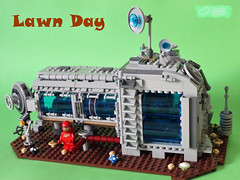 Lawn Day (I Scream Clone) Tags: classic lego space lawn scifi neo mower