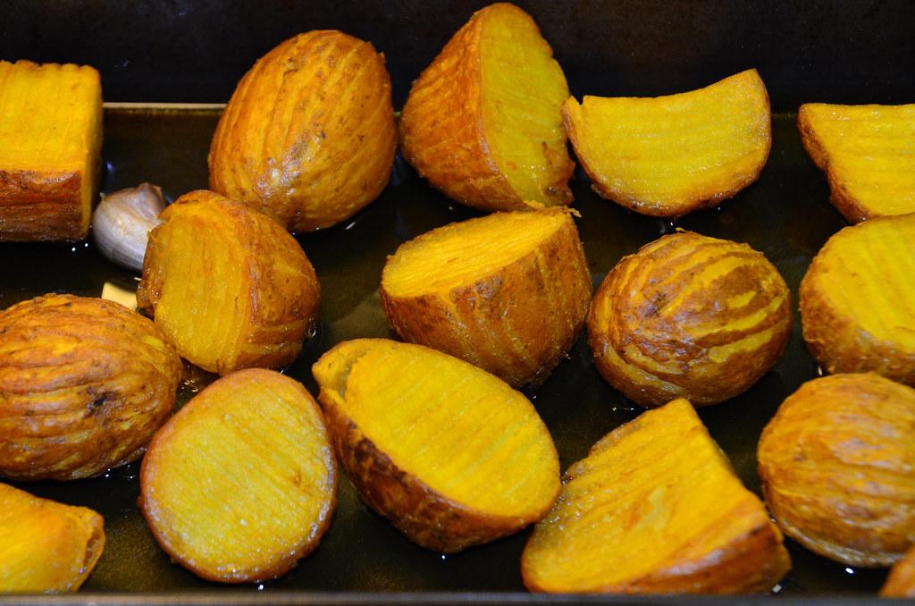 Roast potatoes (1)