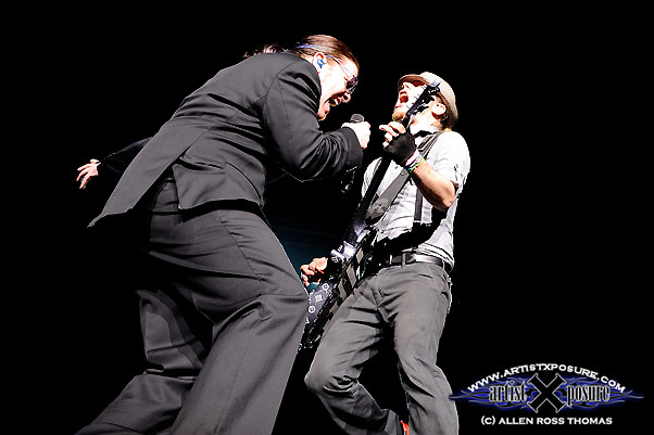 Brent Smith / Zach Myers