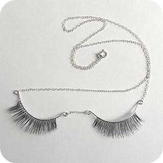 eyelash+necklace