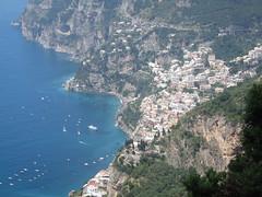 view on Positano, Italia (Kristel Van Loock) Tags: italy italia amalficoast positano italie itali costieraamalfitana