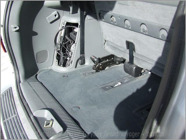 Chrysler Grand Voyager - Det. int. </span>+ opticas-34