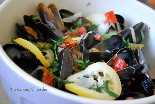 Spicy Mussels in White Wine