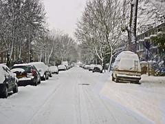 My street noon Saturday (Julie70 Joyoflife) Tags: winter snow london photo unitedkingdom hiver lewisham londres angleterre snowing neige 2010 julie70 copyrightjkertesz havazik ninge photojuliekertesz ilneige photojulie70
