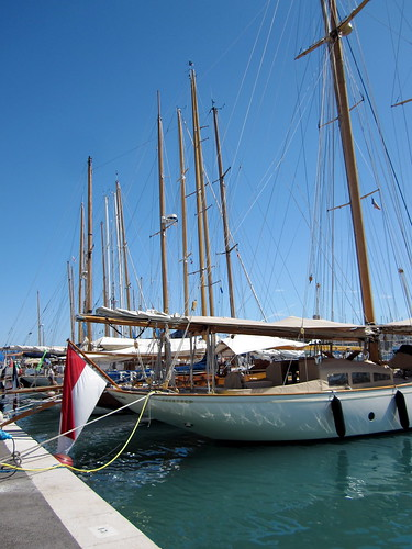 Antibes classic yacht show