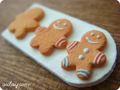 Miniature gingerbread men