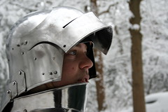 Ridder Ben (Lady_Nieske) Tags: snow sneeuw plate knights knight boxing fighting armour reenactment zeist honour warande historicalreenactment ridder harnas ridders boksen fullplate pantser renactment