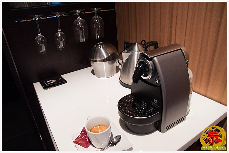 2010.12.23 Eclat Hotels - 基本房 (12)