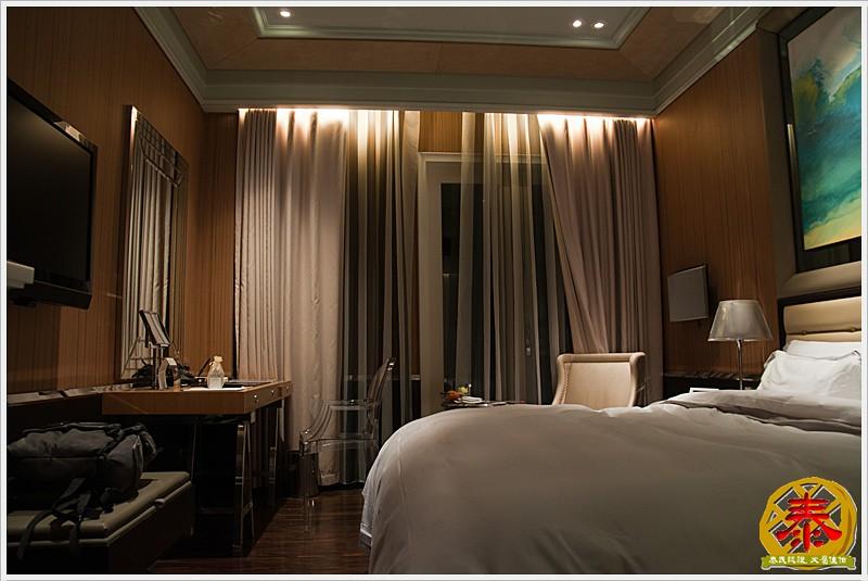 2010.12.23 Eclat Hotels - 基本房