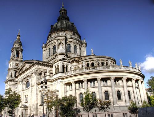 St Stephen basilica back part. Budapest. Parte de atras de la basílica de San Esteban.
