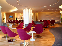 KAL Business Class Lounge by takau99