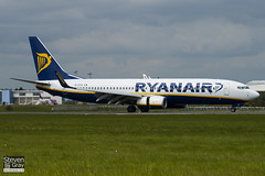 EI-EFD - 35011 - Ryanair - Boeing 737-8AS - Luton - 100510 - Steven Gray - IMG_0814
