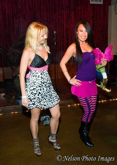TV Personality Sabrina A. Parisi creates colors with her Fashion line Froganizer